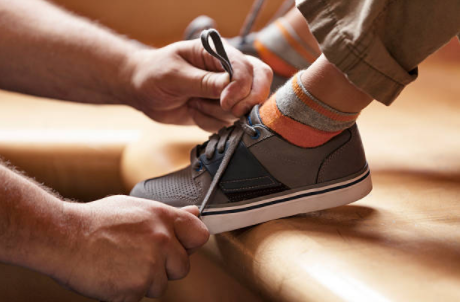 8 Must-have Shoes for Parents and Kids Outdoor Activities