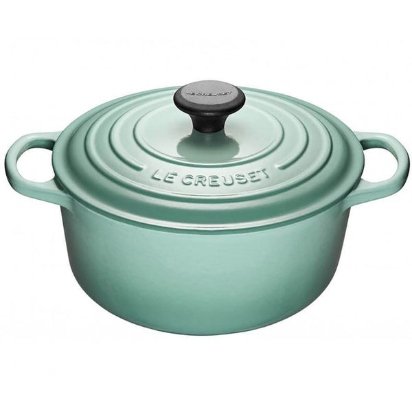 Le Creuset Signature Cast-Iron Round French Oven 5.3L - Sage