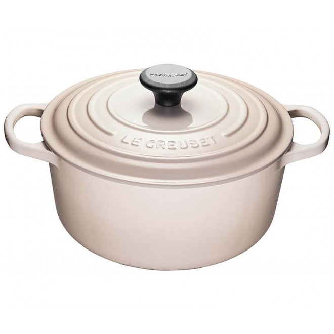 Le Creuset Signature Cast-Iron Round French Oven 6.7L - Meringue