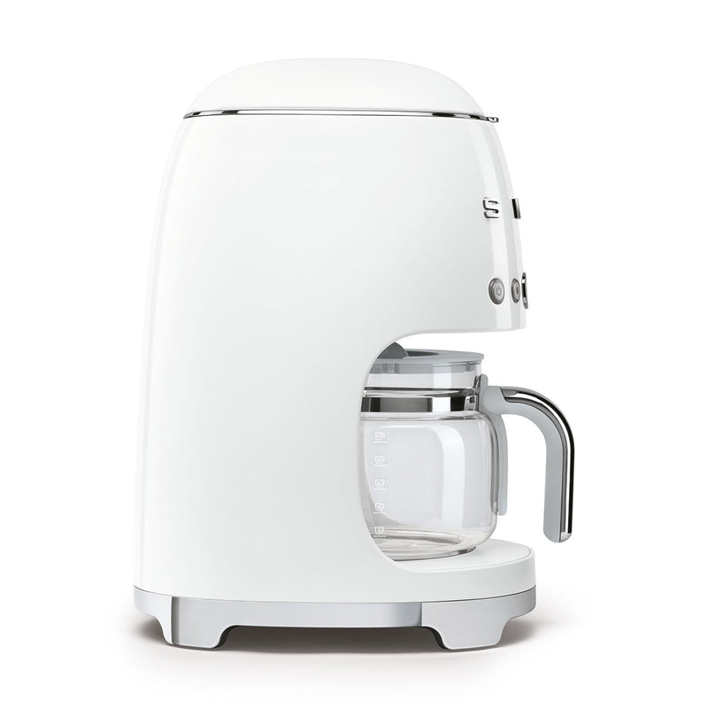 products/smeg-coffee-maker-white-DCF02WHUS-4.jpg