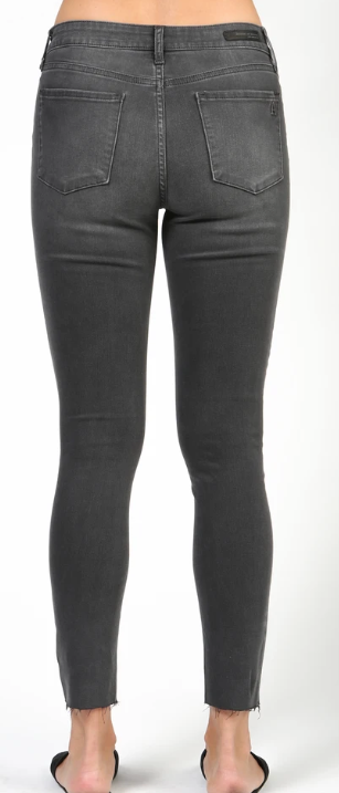 (New) Carly Canyon Jeans