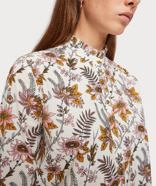 (New) All-over Printed Blouse
