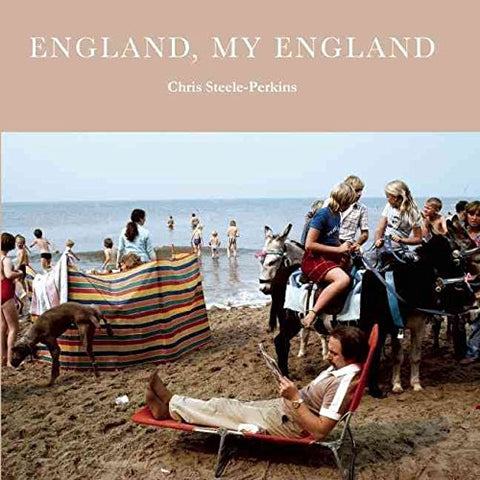 [(England, My England : A Magnum Photographer's Portrait of England)] [By (author) Chris Steele-Perkins ] published on (April, 2010)
