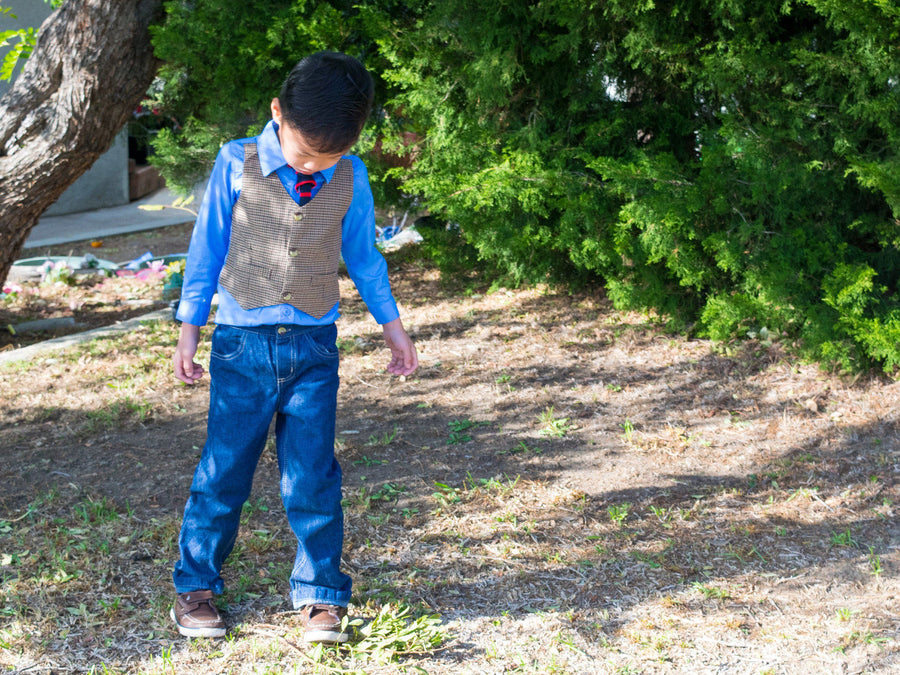 Boy 3-pcs Preppy Checkered Vest on Blue Shirt, Navy Jeans and Casual Tie Set