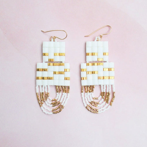 SAUNTER EARRINGS (WHITE)