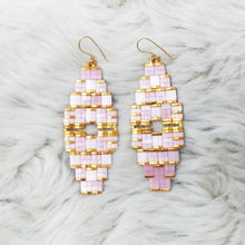 DELICATE DECO EARRINGS