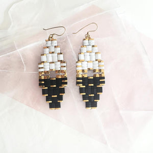 DOSE EARRINGS