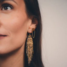 GOLD STRUCTURE EARRINGS