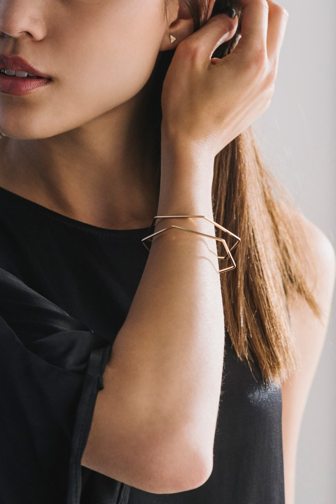 Lover's Tempo Hex-y Bangle | Silver