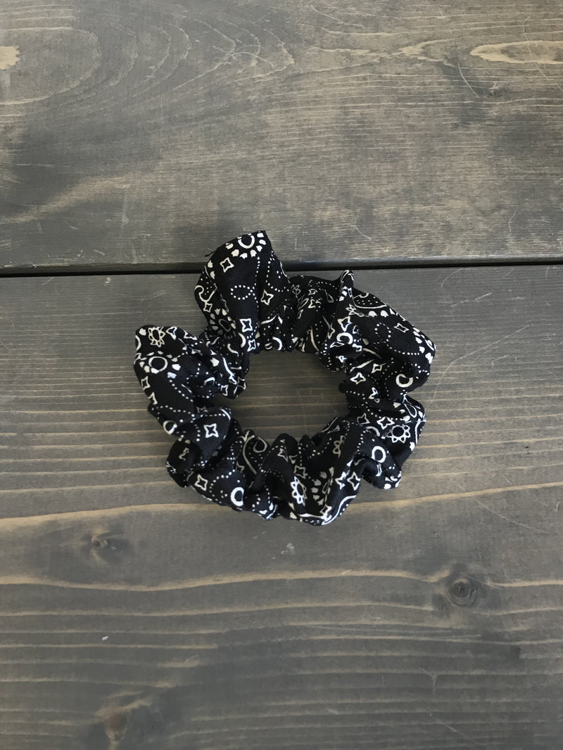 Black Bandana Pattern Scrunchie