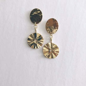 Elizabeth.Lyn Cee Earrings - Gold
