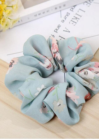The Bohemia Flower Scrunchie | light blue