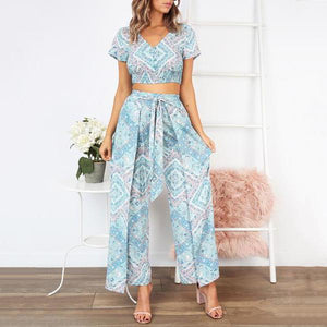 V-Neck Short-Sleeved Slinky + Nine-Sleeve Trousers Two Piece Set