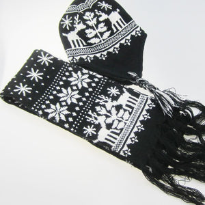 Christmas snowflake   elk print scarf and hat