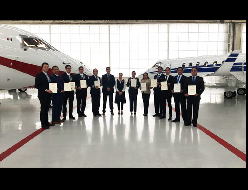 2 Day Front of House Bespoke Training Program Aviation Aerolíneas Ejecutivas (ALE) Julio 2017.