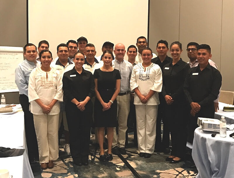 Training in the Service of Luxury for Training and Pool Service Grand Velas, End, B.C.S. I wither, 2017