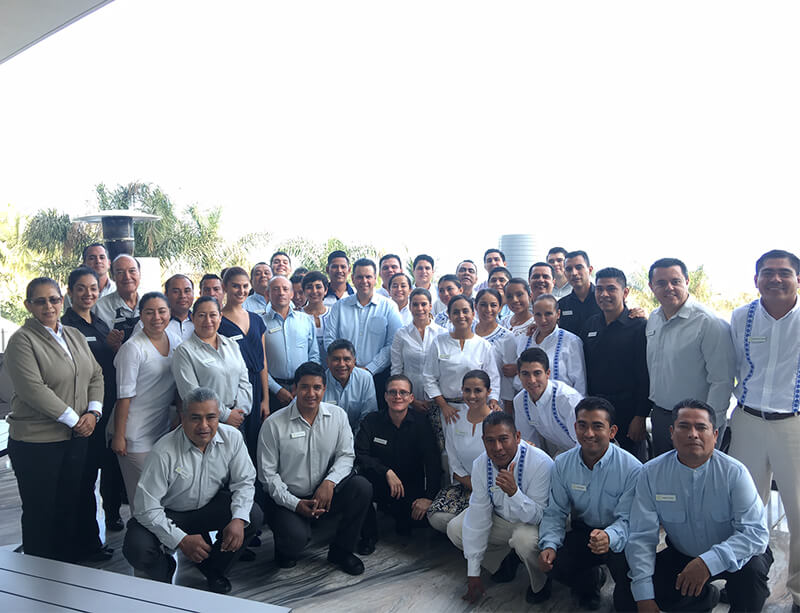 8 Day Training Consultancy Hotel Grand Velas. The Ends, B.C.S. December, 2016