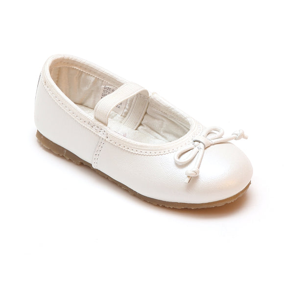 L'Amour Girls 400 White Bow Leather Ballet Flats - Babychelle.com