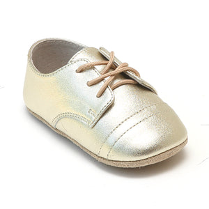 L'Amour Infant Bailey Gold Derby Crib Shoe - Babychelle.com