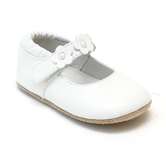 L'Amour Infant Girls White Flower Trio Leather Crib Mary Jane Shoes - Babychelle.com
