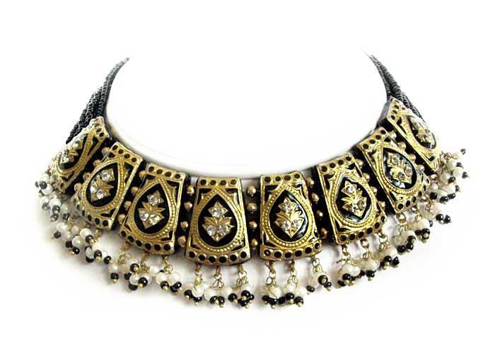 Black lakh necklace from India