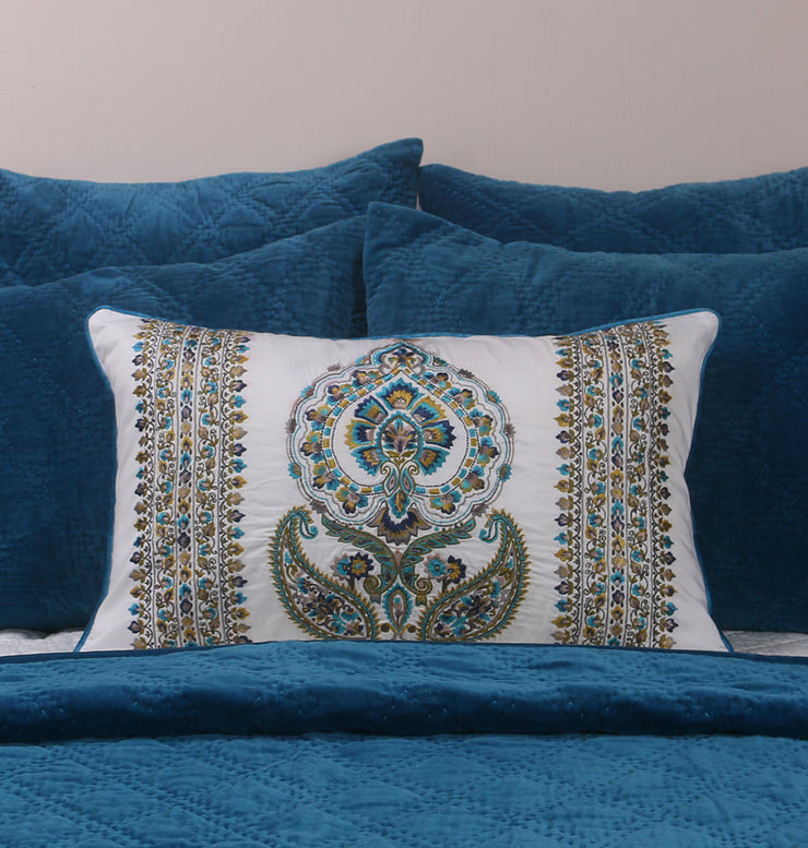 Royal Medallion Cushion - DaOneHomes