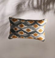 Honey Comb Waves Cushion - DaOneHomes