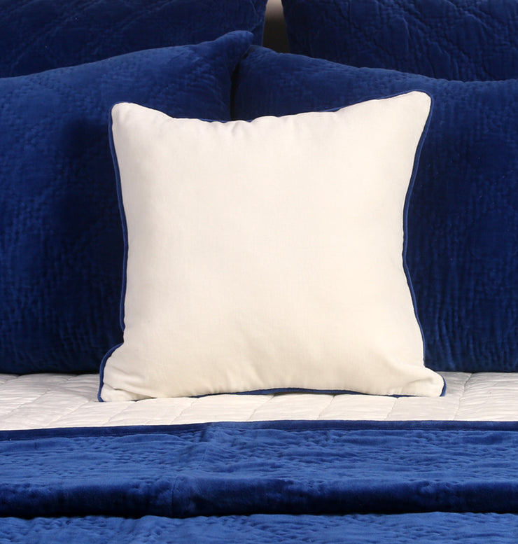 Magnetic Blue Velvet Cushion - DaOneHomes