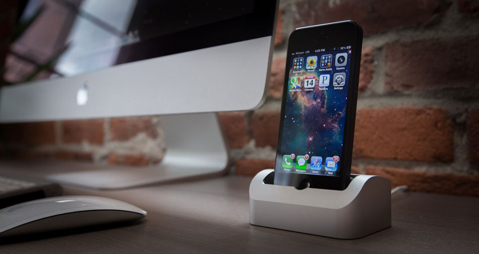 Elevation Dock for iphone on a desk