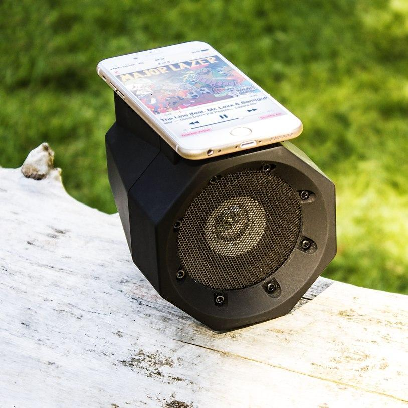 Gadgets - Inductive Boombox