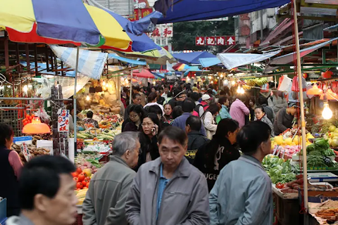 Chinese wet markets are feared to be potential sources for viral contamination.