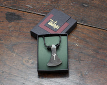Load image into Gallery viewer, Algiz Axe Head Pendant