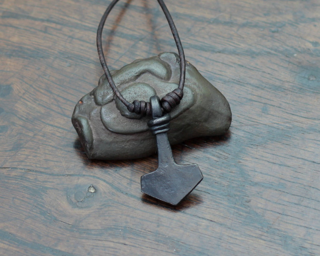 Small Viking Mjolnir pendant