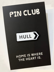 HULL Road Sign Enamel Pin Badge