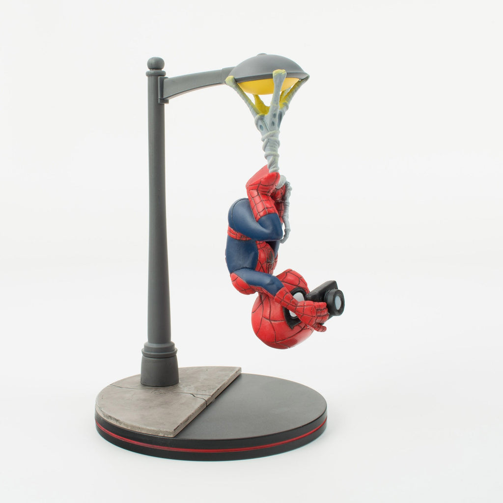 Quantum Mechanix Marvel Spider-Man Spider Cam Q-Fig Diorama