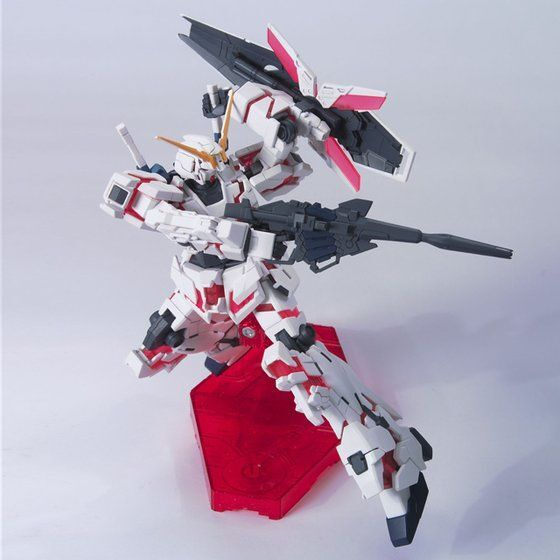 Bandai Hobby HG 1/144 Gundam Unicorn Destroy Mode