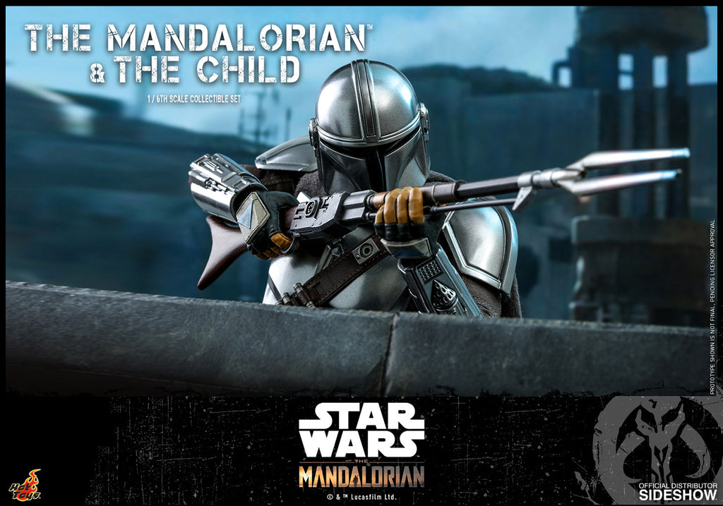 The Mandalorian and The Child Sixth Scale Collectible Figure Set (PRE ORDER)