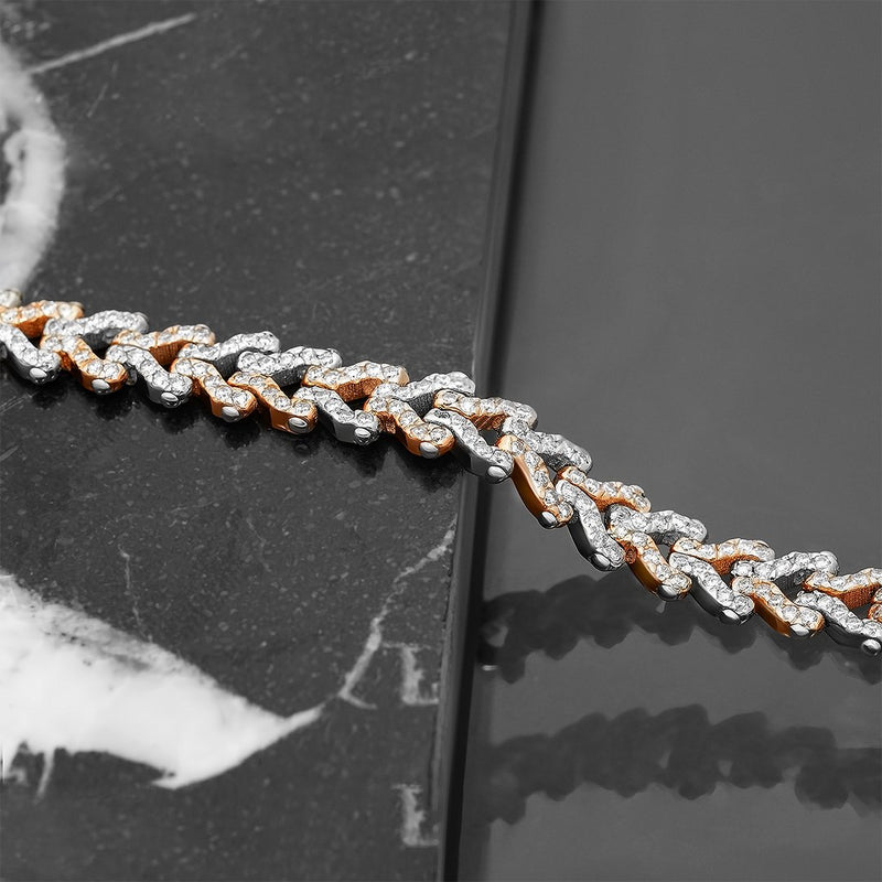 Diamond Two Tone V Link Bracelet in 14k Gold 8.24 Ctw