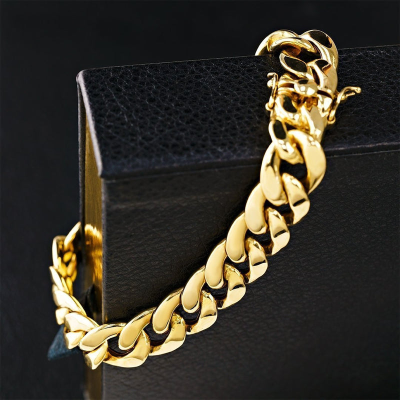 Mens Hollow Cuban Link Bracelet in 10k Yellow Gold