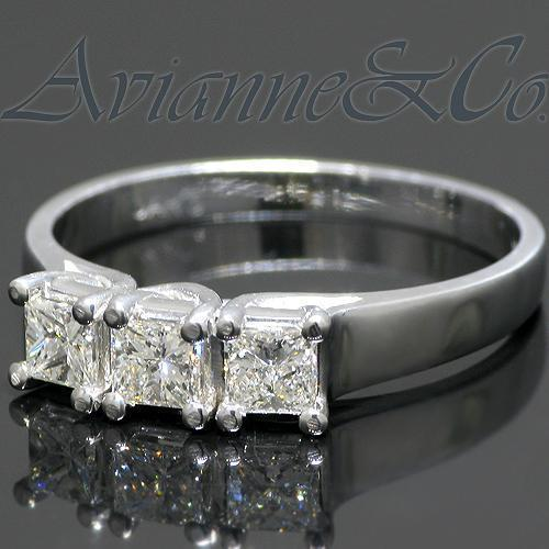 14K White Solid Gold Womens Three Stone Diamond Anniversary Ring 0.59 Ctw