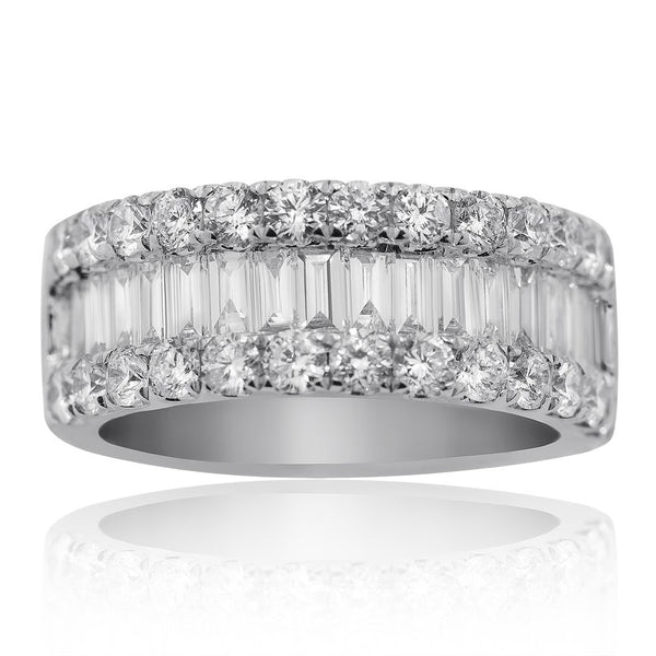 18K White Gold Womens Baguette Diamond Wedding Band 2.64 CTW