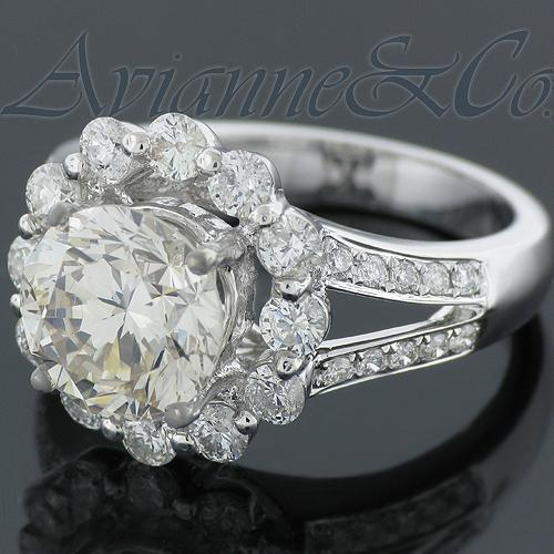 18K White Solid Gold Diamond Engagement Ring 3.55 Ctw