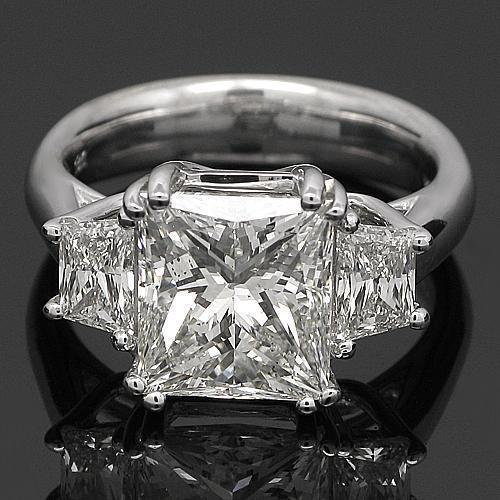 18K White Solid Gold Diamond Engagement Ring 5.63 Ctw