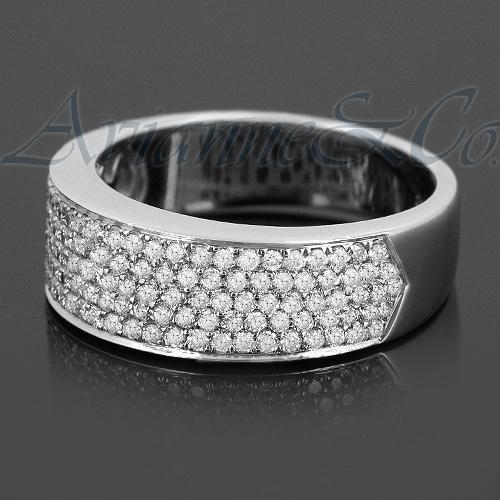18K White Solid Gold Womens Diamond Wedding Ring Band 0.81 Ctw