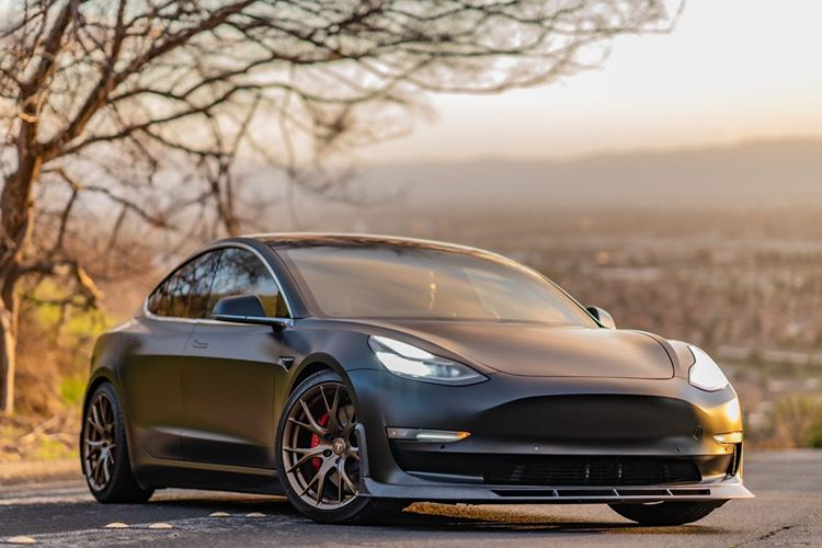 "Tesla Model 3 18"" MW03 Forged Wheels"