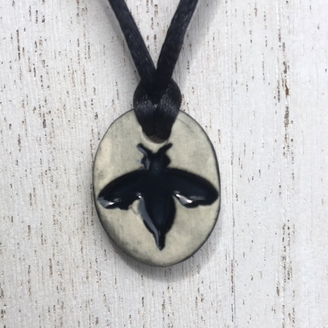 mini bee pendant