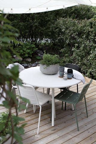 Round dining table outdoor furniture