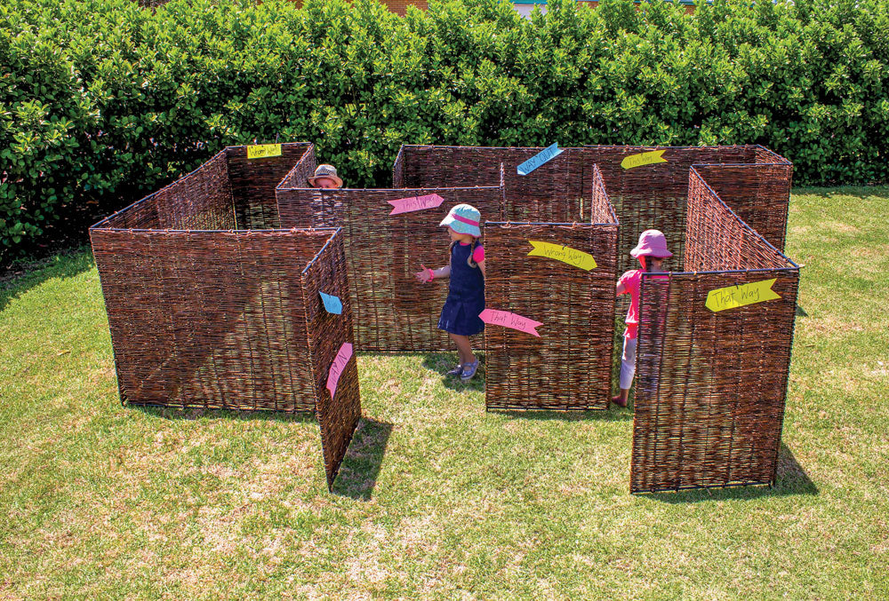 WICKER MAZE PANELS