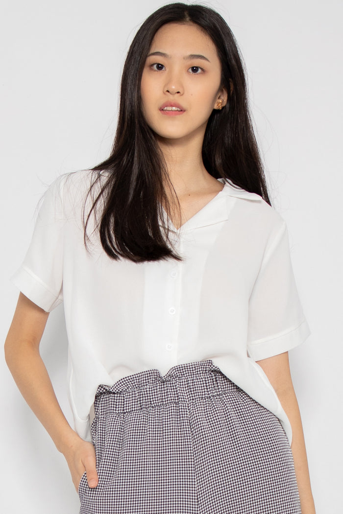 Rylee Short Sleeve Button Blouse - Three One Duo