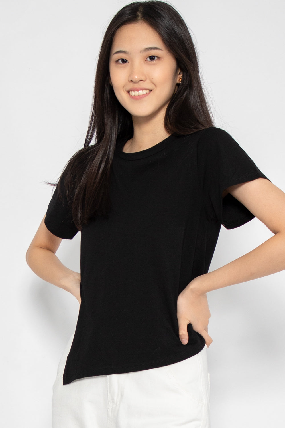 Gina Front Slit Tee in Black - Three One Duo